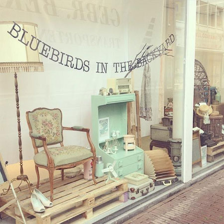 Vintage Webshop Bluebirds in the Backyard gaat Live.